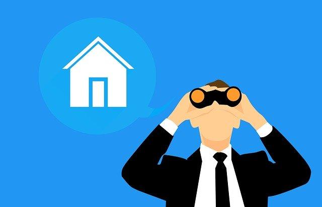Pourquoi est-il avantageux de suivre les annonces publiées par une société immobilière ?